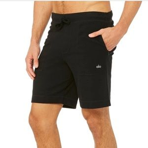NWT Navy Alo Yoga Triumph Triblend Shorts Medium